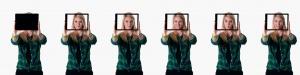 Personenfotografie von Mitarbeiter mit iPad.