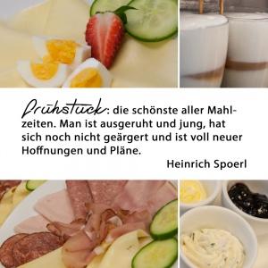 Werbeanzeige für Facebook und Google+, zeigen das Angebot von Frühstück.